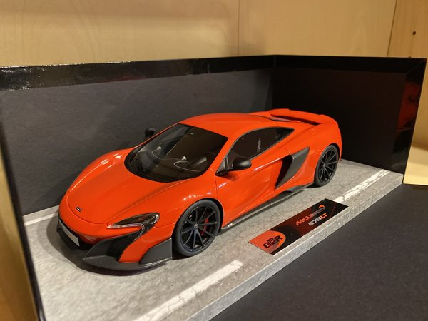 McLaren 675 LT - Delta Red - Limit 52 Stück